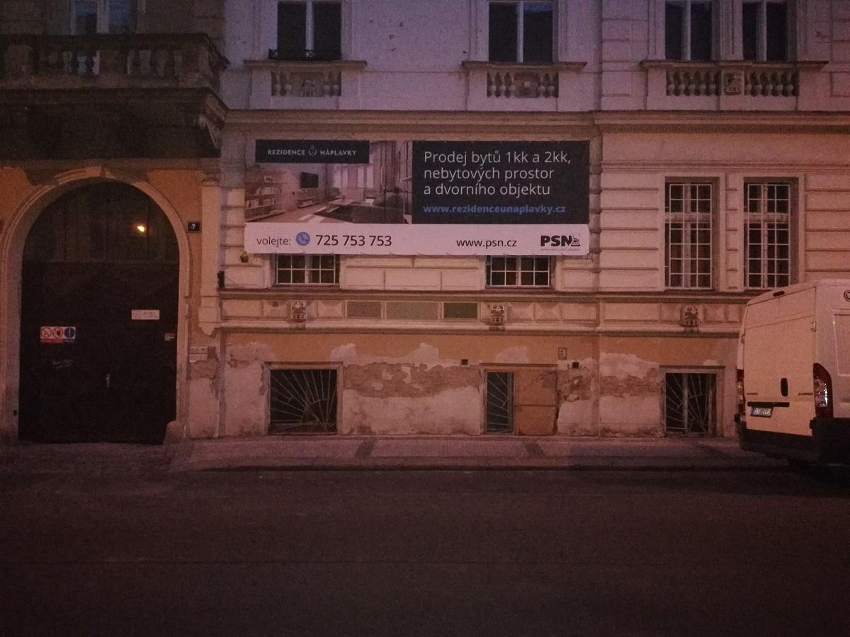 Rezidence U Náplavky – – byty naproti Smíchovského pivovaru