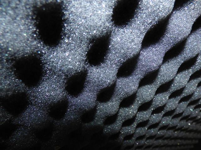 Jak zlepšit akustiku bytu?
