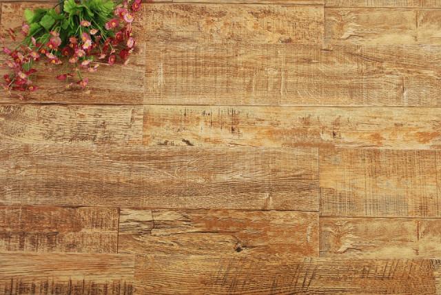 Jak na údržbu dřevěných podlah