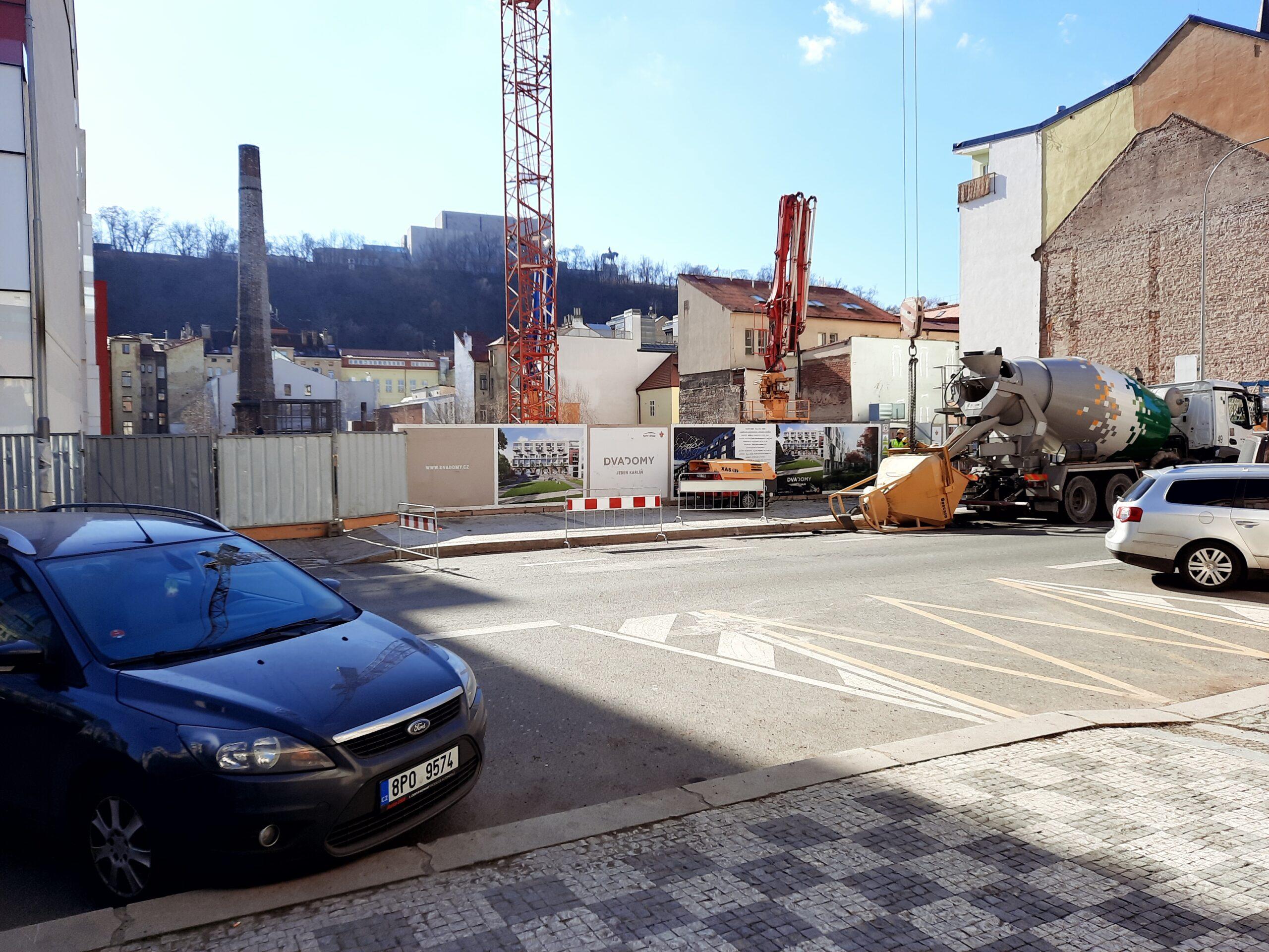 Už zbývají k prodeji poslední nové byty u Karlínského náměstí